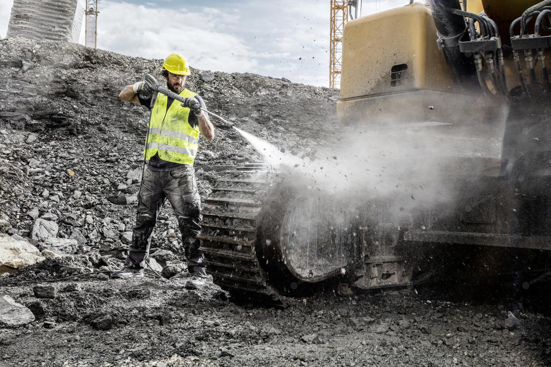 Myjki wysokociśnieniowe Karcher do usuwania brudu na budowie