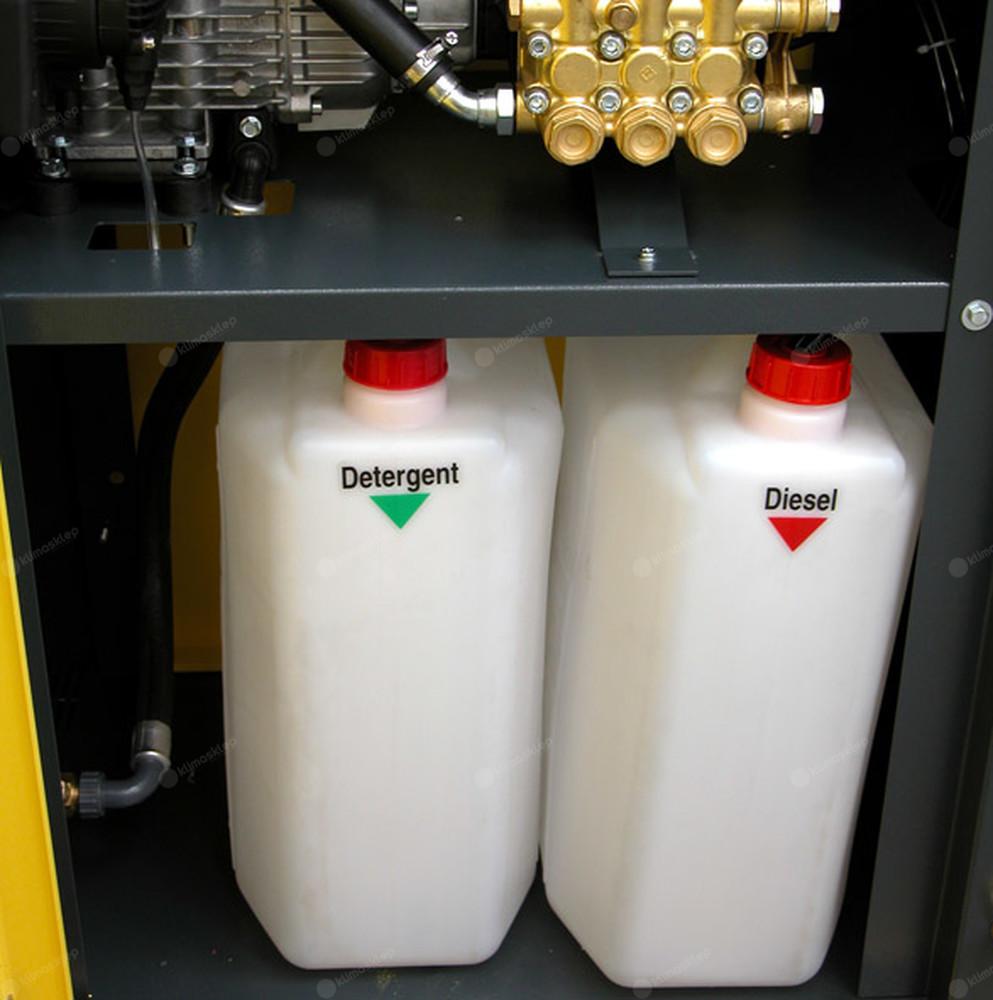 Myjki Lavor z serii HH-PV - zbiorniki na paliwo i detergent